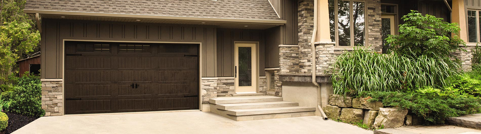 Steel garage door - mission oak